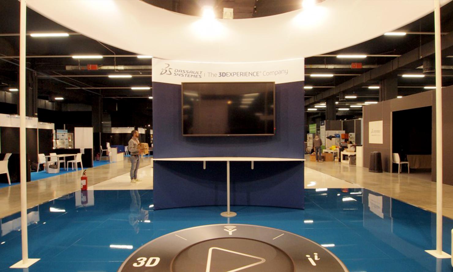 https://www.kubelibre.com/uploads/Slider-work-tutti-clienti/dassault-systèmes-exhibition-international-technology-hub-1.jpg